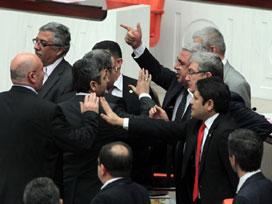 TBMM Genel Kurulunda, CHP Grup Başkanvekili Muharrem İnce ile AK Parti Milletvekili Mehmet Metiner arasındaki sözlü atışma Mecliste gergin anlara neden oldu