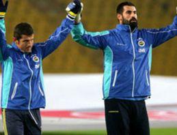 Emre Belözoğlu takımla antrenmanda