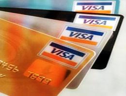 Kredi kartı borçlarını ödemeyenlerin sayısındaki artış akıllara kartlarda taksit uygulamasının kaldırılmasının çözüm olup olmayacağını getiriyor.