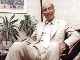 Kahramanlık Türkülerinin usta sesi ve darbelerde okunan Yine de şahlanıyor aman türküsü ile meşhur olan THM sanatçısı Hasan Mutlucan vefat etti