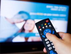 Star Tv ekranlarında izleyici ile buluşan Bir Ömür Yetmez dizisi yayından kaldırıldı