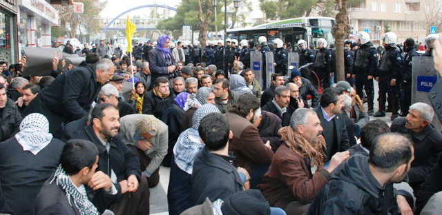 BDP gösterisinde 36 gözaltı