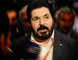 CHP Ağrı eski MYK üyesi Savcı Sayan, partiden ihraç edildi.