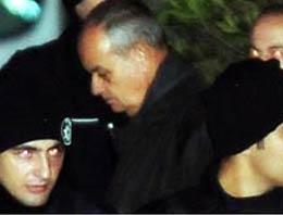 İlker Başbuğun avukatı İlkay Sezer, dün tutuklanan İlker Başbuğun Silivri 5 Nolu cezaevine yerleştirildiğini söyledi
