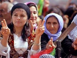 Doğu ve Güneydoğu bölgesinde kararsız kalan Kürt seçmenin, yeni parti arayışında olduğu öne sürüldü
