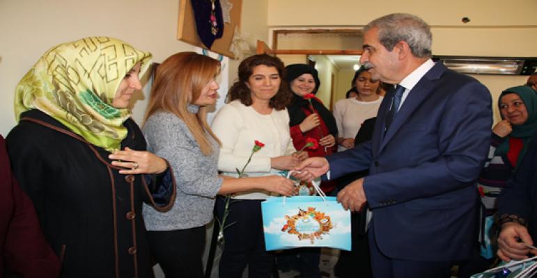 Başkan Demirkol Kadın Destek Merkezini Ziyaret Etti