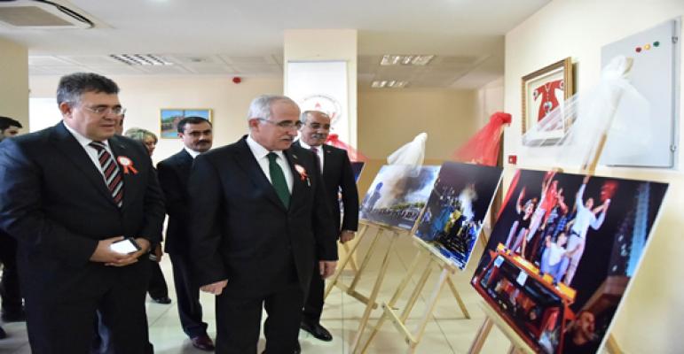 Şanlıurfa'da 24 Kasım öğretmenler günü kutlandı