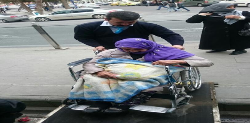 Urfa'da halk otobüsü şoförün örnek davranış