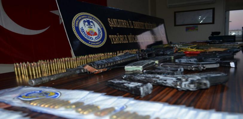 Urfa'da hücre evinde ele geçirilen silahlar çok kirli çıktı