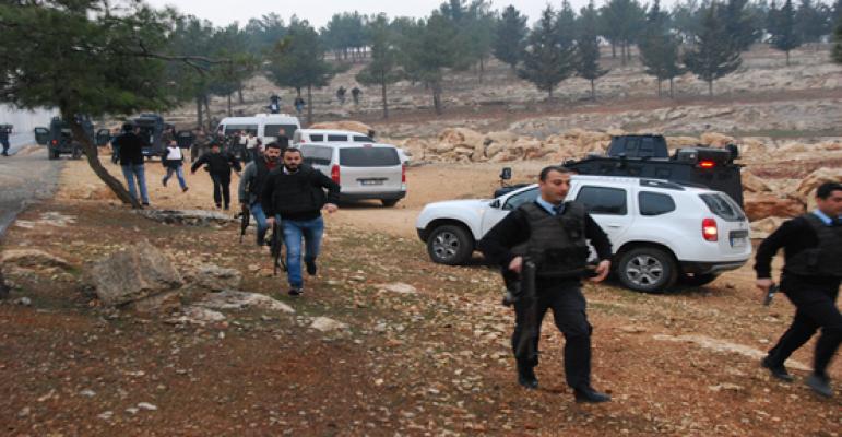 Urfa'da polise yapılan saldırıya 3 gözaltı