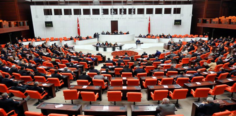 Yeni Anayasa meclise sunuluyor