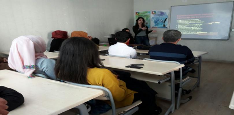 Gençlik Merkezinden anlamlı seminer