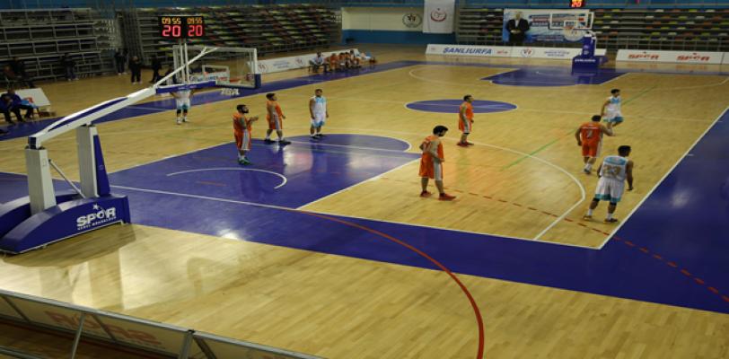 Haliliye Basketbol Ekibi, Silifke'yi Farklı Geçti