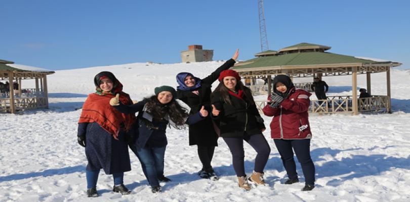 KYK Öğrencileri Sınav Stresini Karacadağ'da Attı