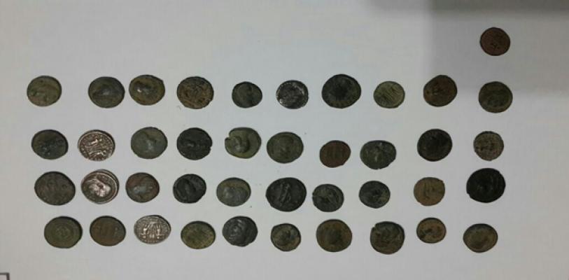 Şanlıurfa'da 41 Parça Kaçak Tarihi Eser Yakalandı