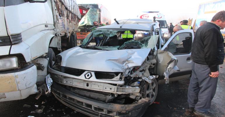 Urfa'da zincirleme kaza, 20 yaralı