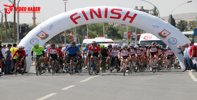 Ödüllü bisiklet yarışması yapıldı