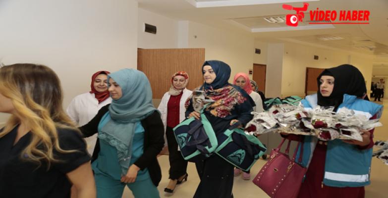 Ayşe Ekinci, Hastane Ziyaretinde Hasta Ve Yakınlarıyla Bir Araya Geldi