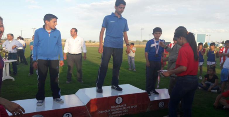 Büyükşehir Sporcularından Madalya Üstüne Madalya