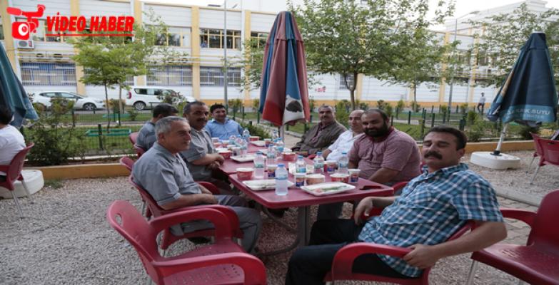 Eyyübiye Belediyesinden Hasta Yakınları İçin İftar Sofrası
