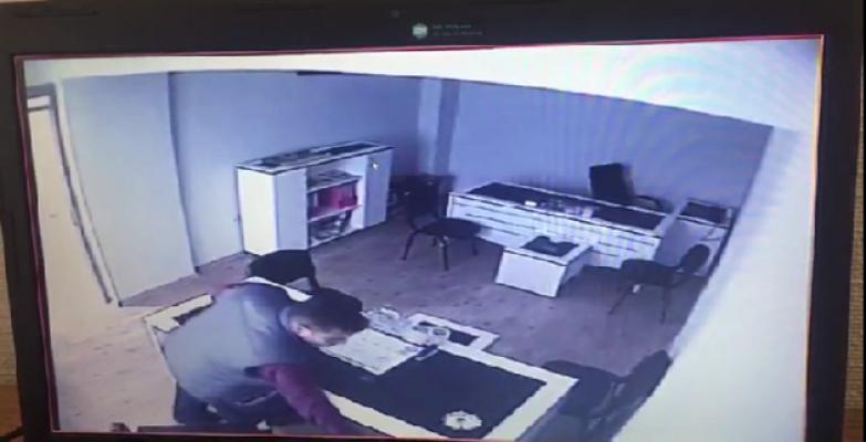 İş yerinden laptop hırsızlığı