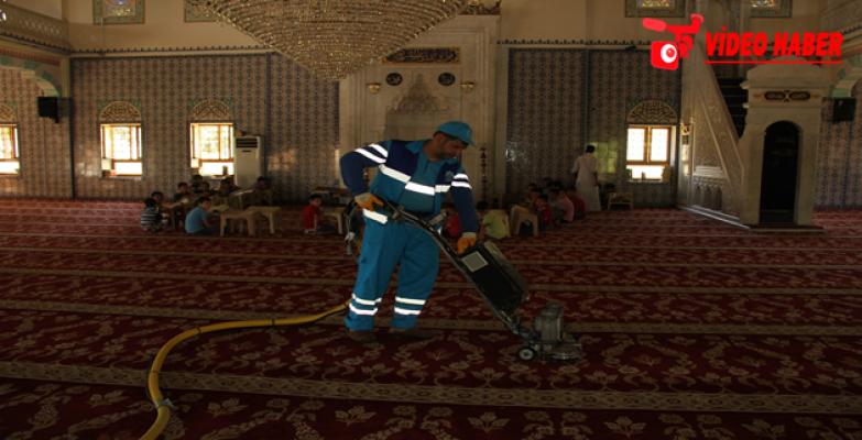 Eyyübiye Belediyesi İbadethane Temizlik Çalışmasını Sürdürüyor