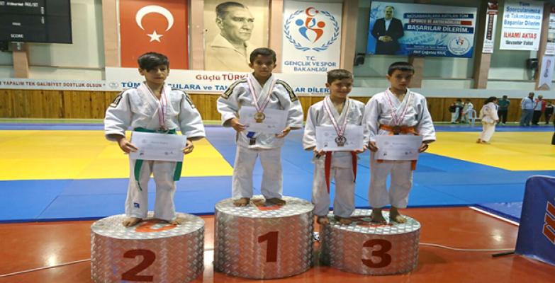 Urfa Judo Kulübü Türkiye Şampiyonu Çıkardı