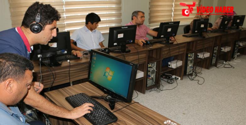 Büyükşehir'den Görme Engellilere Bilgisayar Kursu