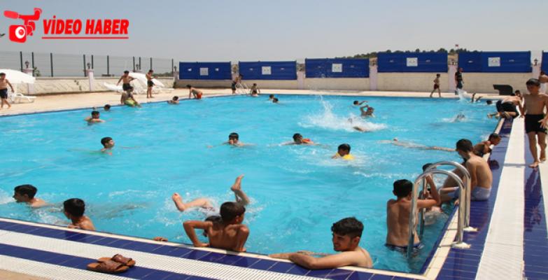 Haliliye Belediyesinden Vatandaşlara Ücretsiz Havuz