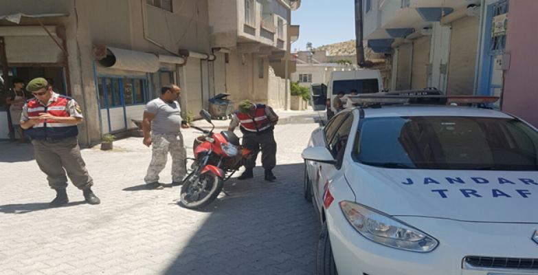 Şanlıurfa'da Jandarma 52 noktada motosiklet uygulaması yaptı