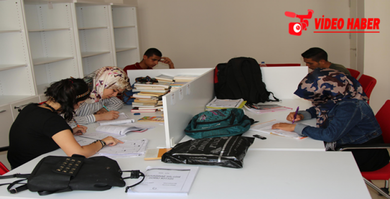 Haliliye Belediyesi Eğitim Merkezine Öğrencilerden Yoğun İlgi