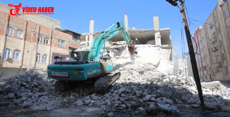 Haliliye'deki Kaçak Yapının Yıkımı Gerçekleştirildi