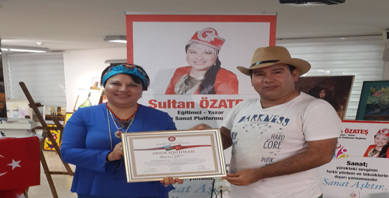 Yiğit, Uluslararası Ankara Sanat Festivalinde Üstün Başarı Ödülü Aldı