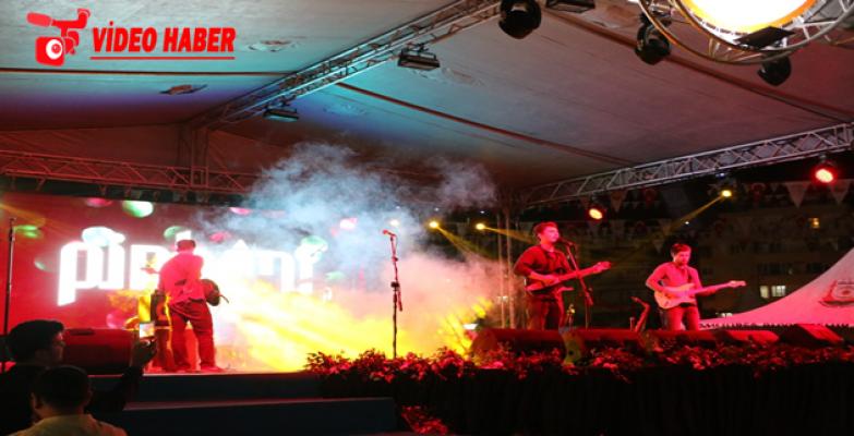 'TÜBİTAK 4007 Şanlıurfa Bilim Şenliği' Pinhani Konseri İle Sona Erdi