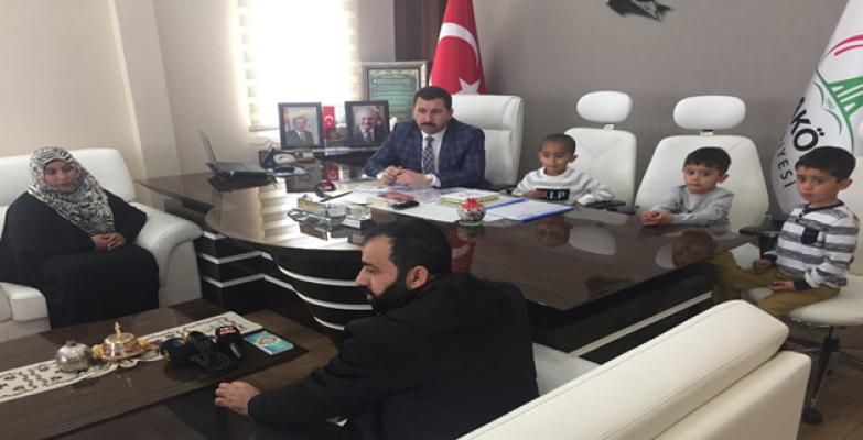 Recep Tayyip Erdoğan'a Kardeşler  Karaköprü Belediyesini Ziyaret Ettiler