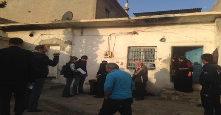 Urfa'da Aranan Şahıslara Operasyon