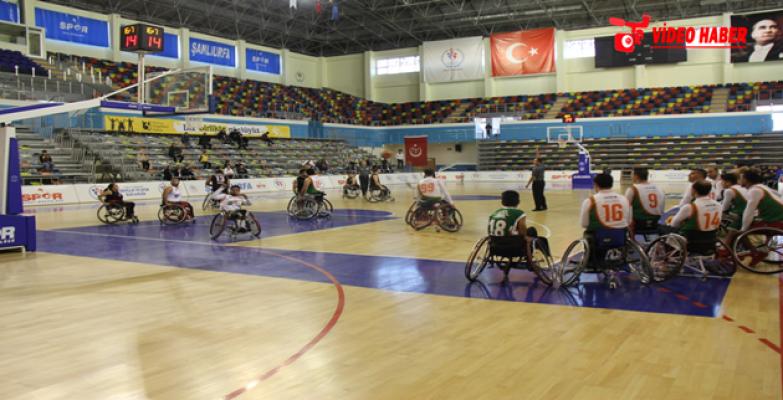 Büyükşehir Belediyesi Engelliler Basketbol Takımı Potada Yine Galip