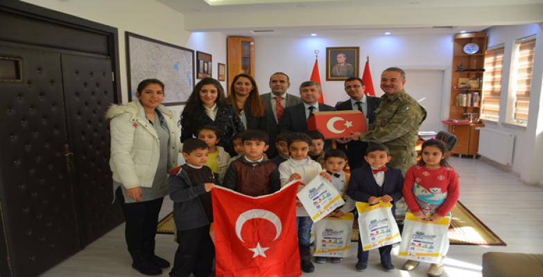 Haliliyedeki Öğrencilerden Afrin'e Mektup Var