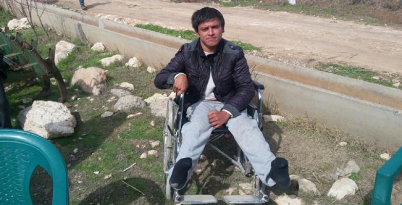 Engelli Genç Yardımsever Vatandaşlardan Akülü Araba İstiyor
