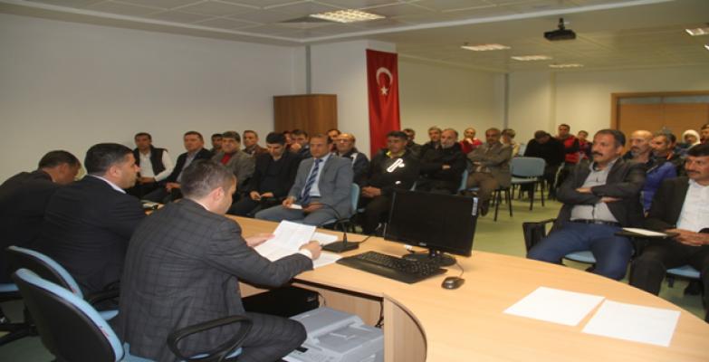 İlçe Müdürleri Ve Antrenörlerle İstişare Toplantısı Yapıldı