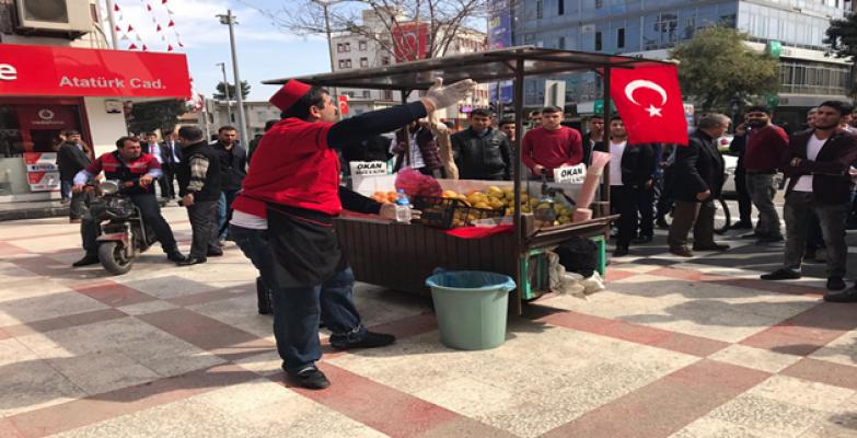 Urfa'da esnafın yer eylemi