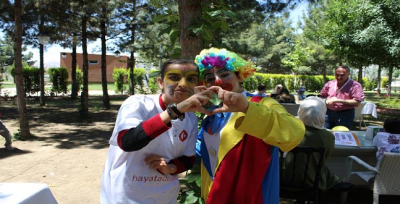 Açık Kapı Engelli Çocuklara Unutulmaz Bir Gün Yaşattı