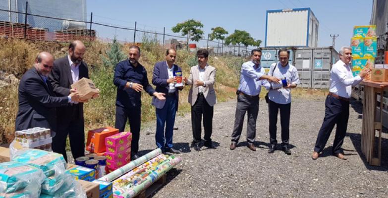 Şanlıurfa'dan Afrin Kırsalına 5 Tır İnsani Yardım Malzemesi Gönderildi