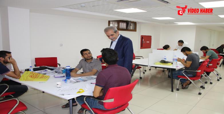 Başkan Demirkol, Sınavlara Hazırlanan Gençleri Ziyaret Etti
