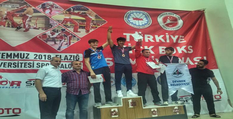 Haliliye Belediye Spor, Türkiye Kick Boks Şampiyonasına Damgasını Vurdu