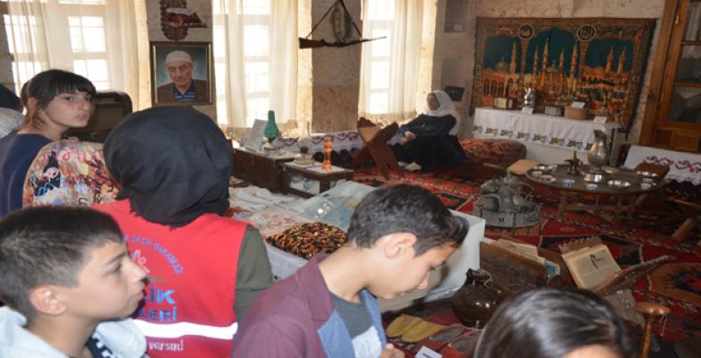 İpekyol Gençlik Merkezi Gençlerinden Müze Ziyaretleri