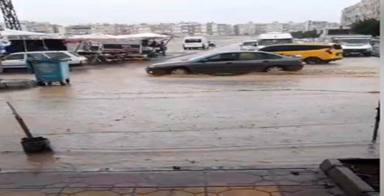 Şanlıurfa Sağanak Yağmura Teslim  Oldu