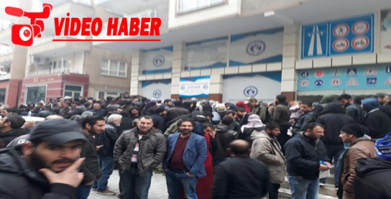 Suriyelilerin Avrupa Gitme Kuyruğu