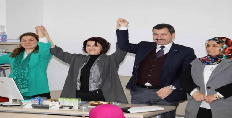 AK Vekil Açanal'dan AK Başkan Adaylarına Destek