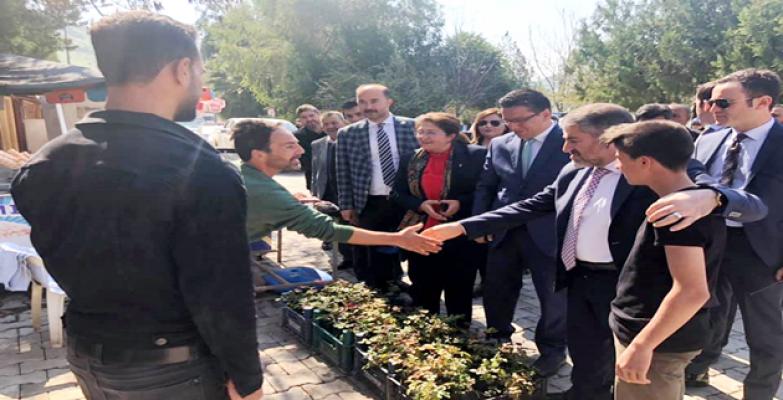 """Bakan Yardımcısı Nureddin Nebati """"Şanlıurfa AK Parti diyor"""""""